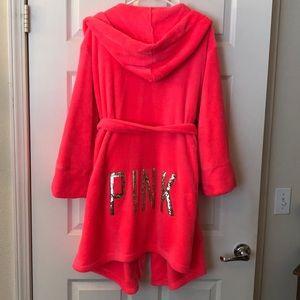 PINK by Victoria's Secret bathrobe